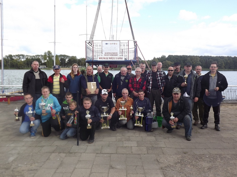 Uczestnicy Powiatowej Ligii Wędkarskiej 2013 obraz-060